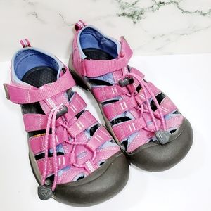 Girl's Pink Keen Shoes